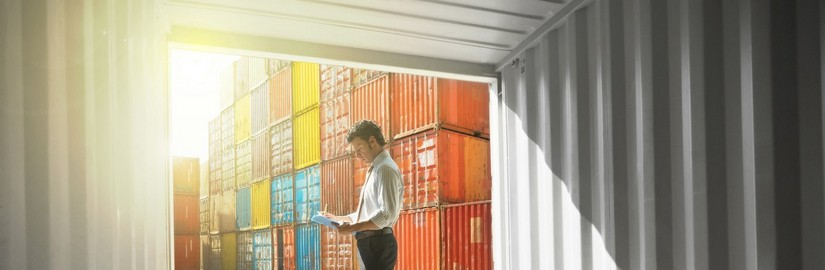 Man-container-Thinkstock