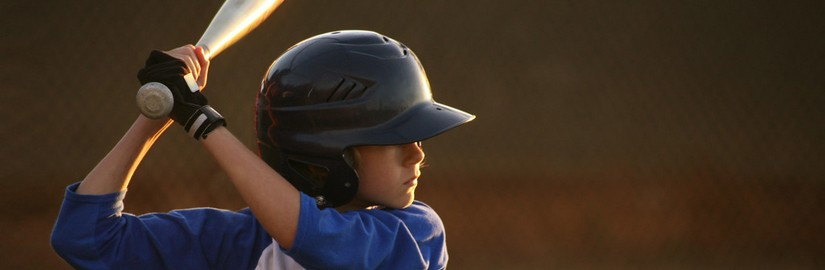123489100_Youth-League-Baseball-Hitter.jpg
